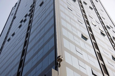 中东幕墙带你了解基于既有建筑玻璃幕墙的节能改造方法