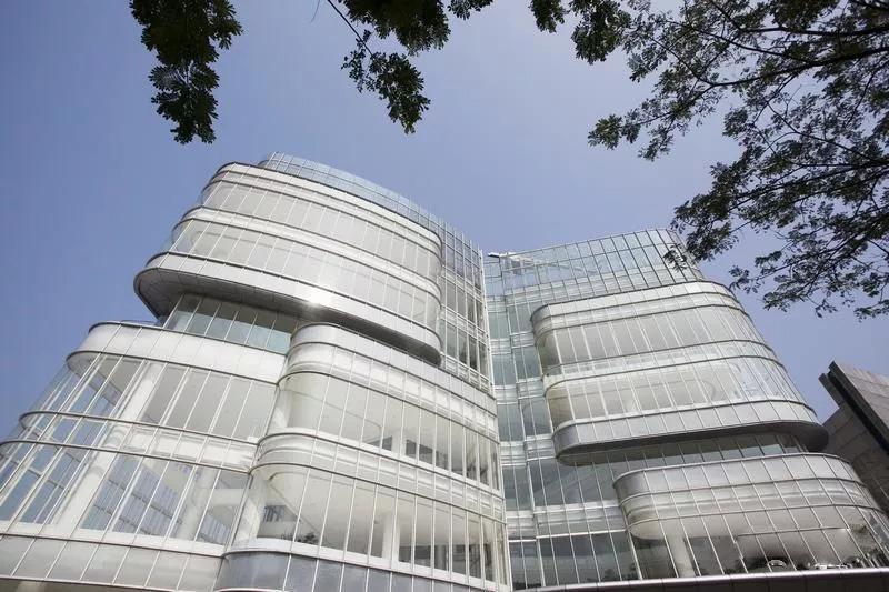 建筑玻璃幕墙设计手法知多少!