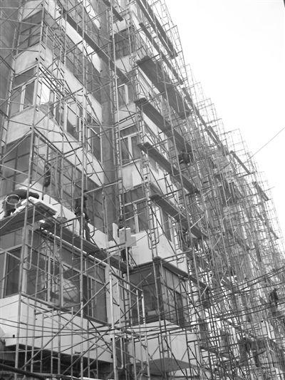 旧楼改造工程施工工期飞快让【中东幕墙】你省时更省心