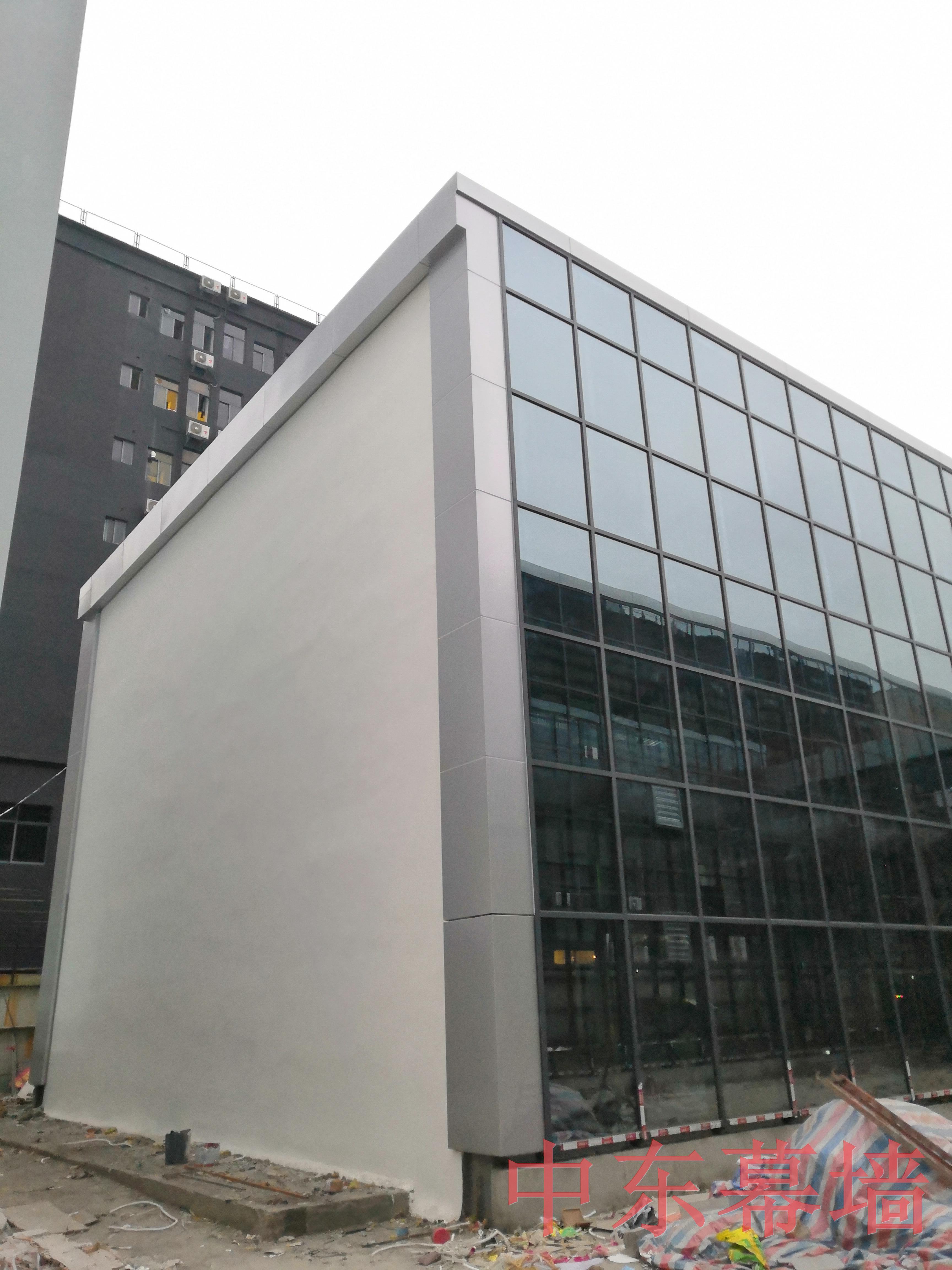 玻璃幕墙外墙改造翻新的技术经验要求高吗?【中东幕墙】