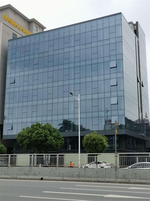 全隐框玻璃幕墙工程公司-中东幕墙