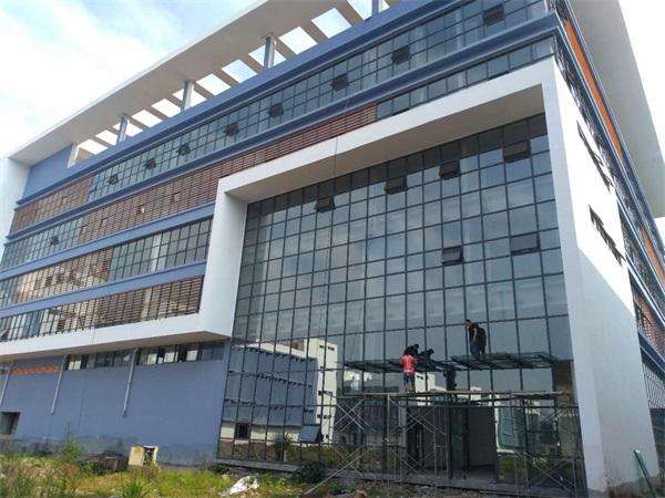 云浮玻璃幕墙工程公司-中东幕墙